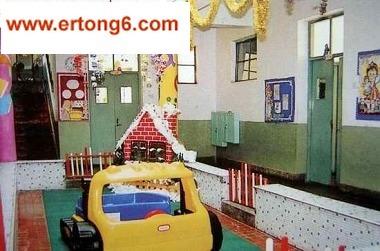 圣诞幼儿园中班环境布置图片幼儿园教室布置