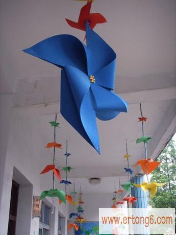 走廊吊饰:大风车_幼儿园走廊环境布置