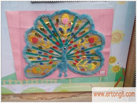 墙面布置:孔雀开屏_幼儿园主题墙布置