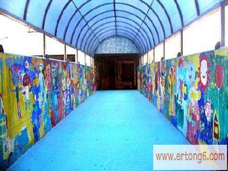 室外设计:蓝顶油画走廊